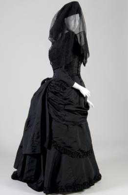 Mourning-Dress